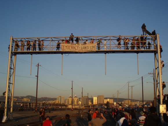 Occupy Oakland's General Strike, 11/2/11, Shuts Down the Port of Oakland